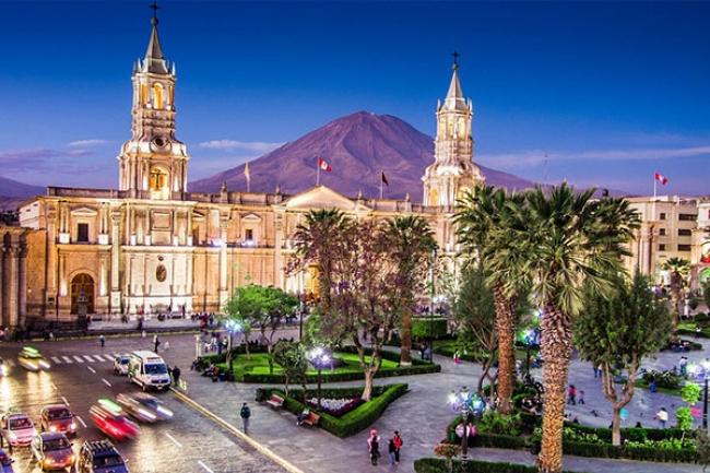 Perú Andino con tren servicio Vistadome