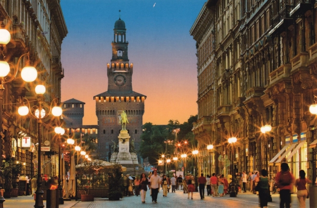 Milan, Cinque Terre, Cerdeña y Corcega